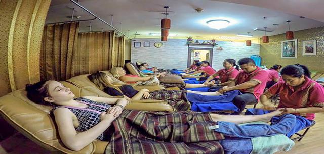 one piece vuxen arom thai massage